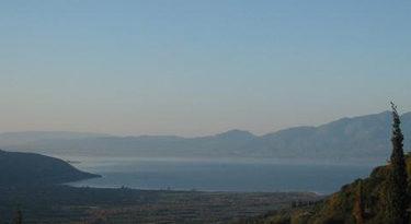 H λίμνη Tριχωνίδα